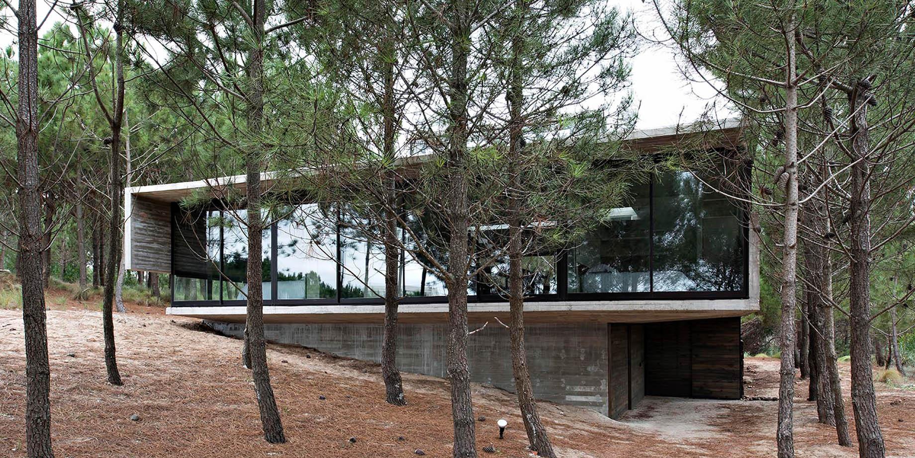 L4 House – Costa Esmeralda, Buenos Aires, Argentina