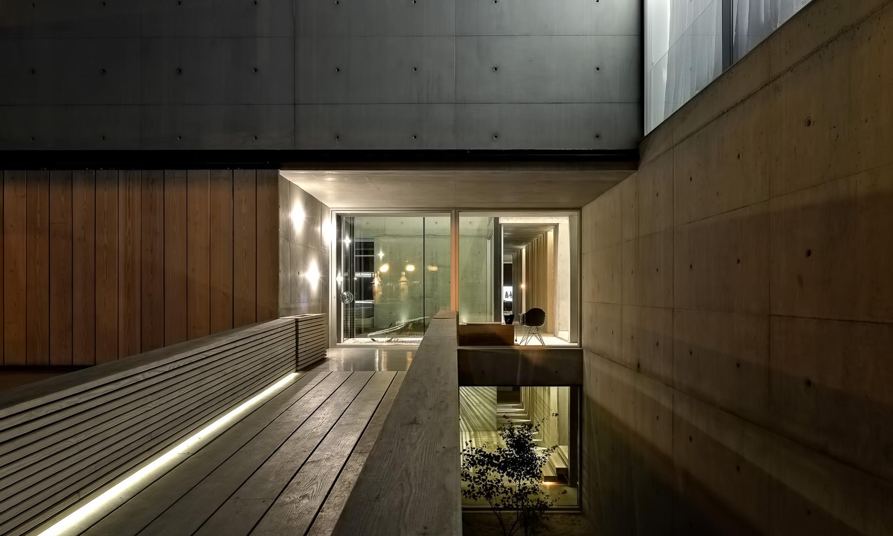 50 Wall House Luxury Residence – Cascais, Lisbon, Portugal