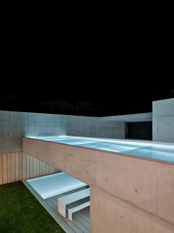 52 Wall House Luxury Residence – Cascais, Lisbon, Portugal