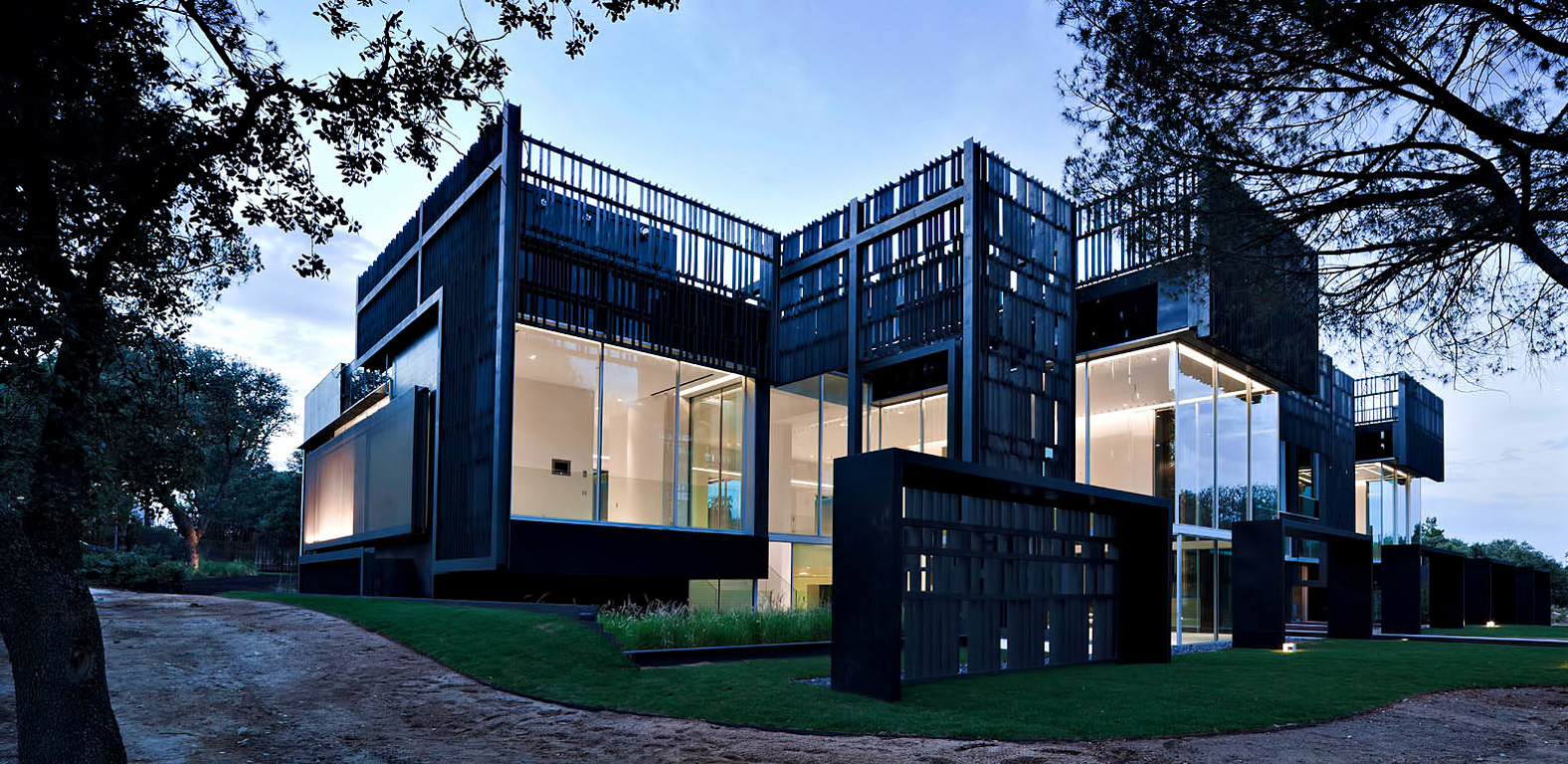 099 – La Moraleja Luxury Residence – Alcobendas, Madrid, Spain