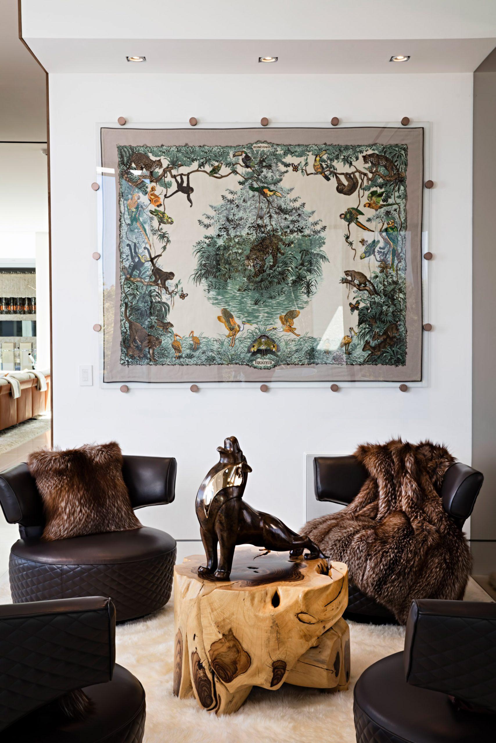 Hermes Safari Art Equateur Blanket - 924 Bel Air Rd, Los Angeles, CA, USA