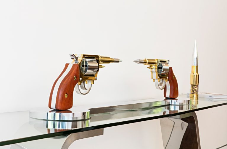 Gale Hart Chrome Sculptures - 924 Bel Air Rd, Los Angeles, CA, USA