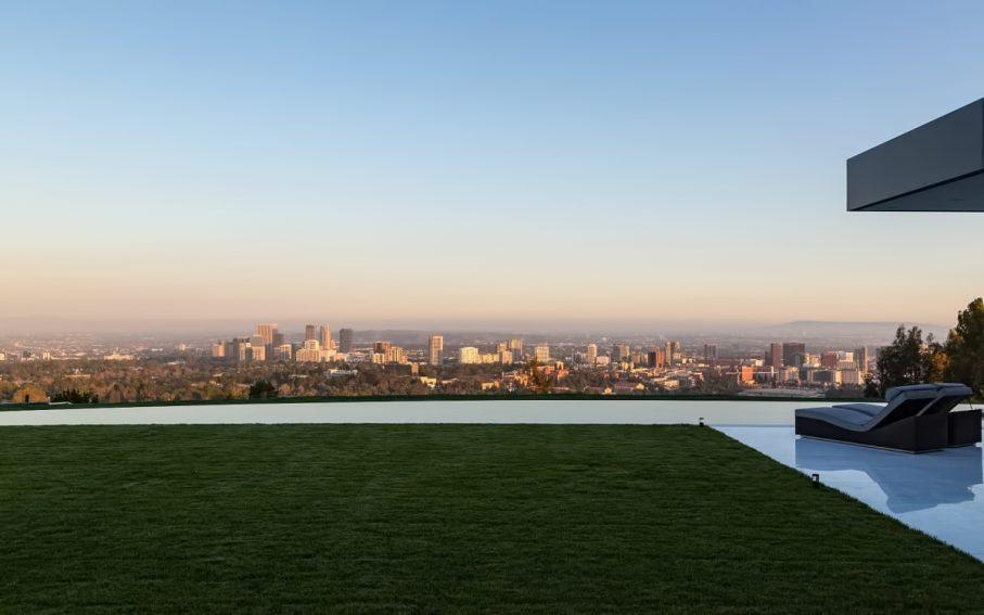 Luxury Residence - 924 Bel Air Rd, Bel Air, CA, USA