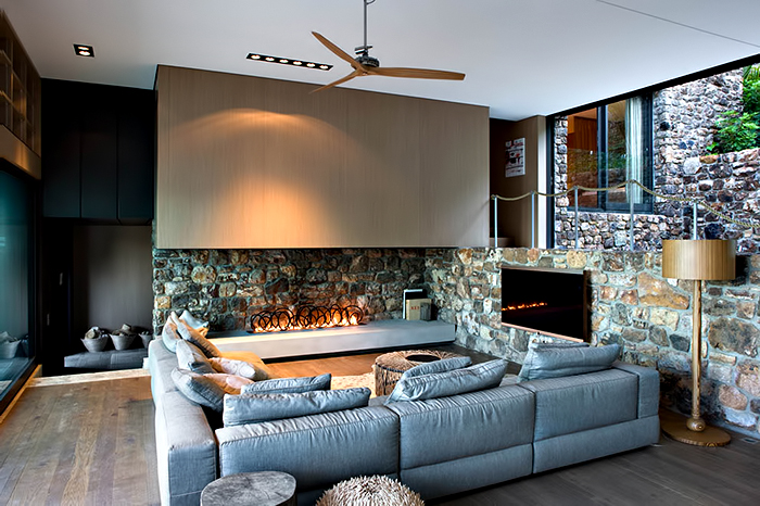 Local Rock House - Waiheke Island, Auckland, New Zealand