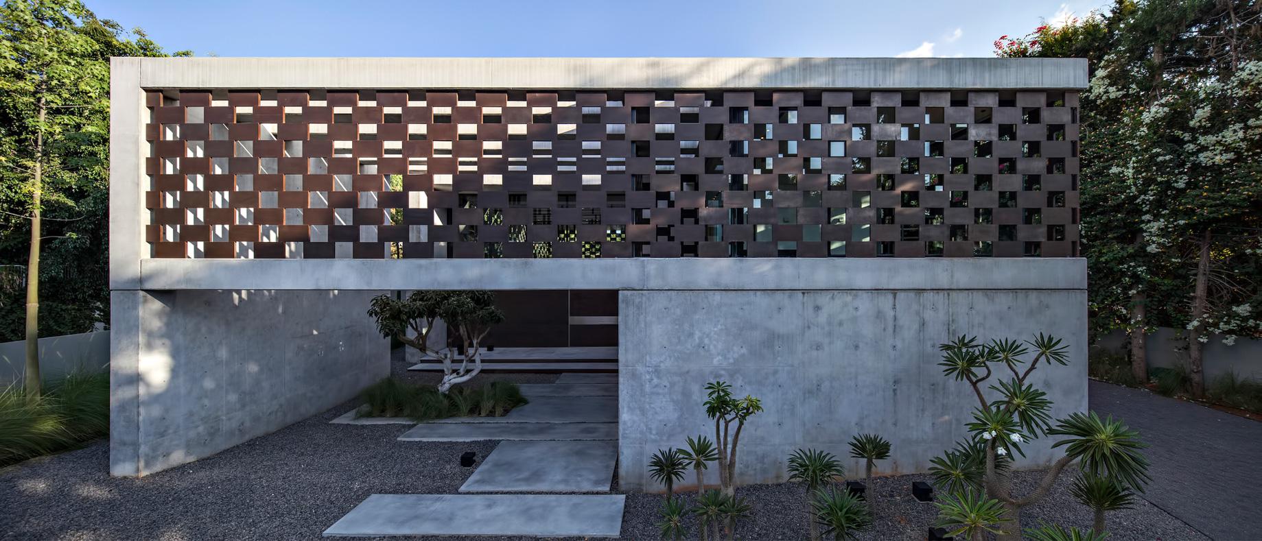 Corten House Luxury Residence – Savyon, Tel Aviv, Israel