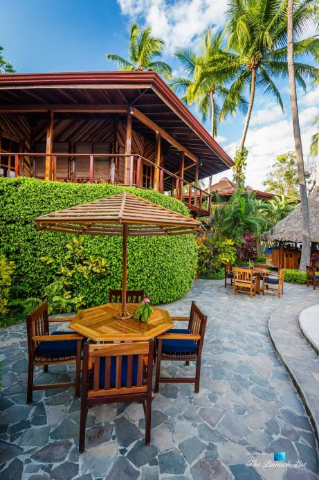 Tambor Tropical Beach Resort - Tambor, Puntarenas, Costa Rica - Poolside Patio