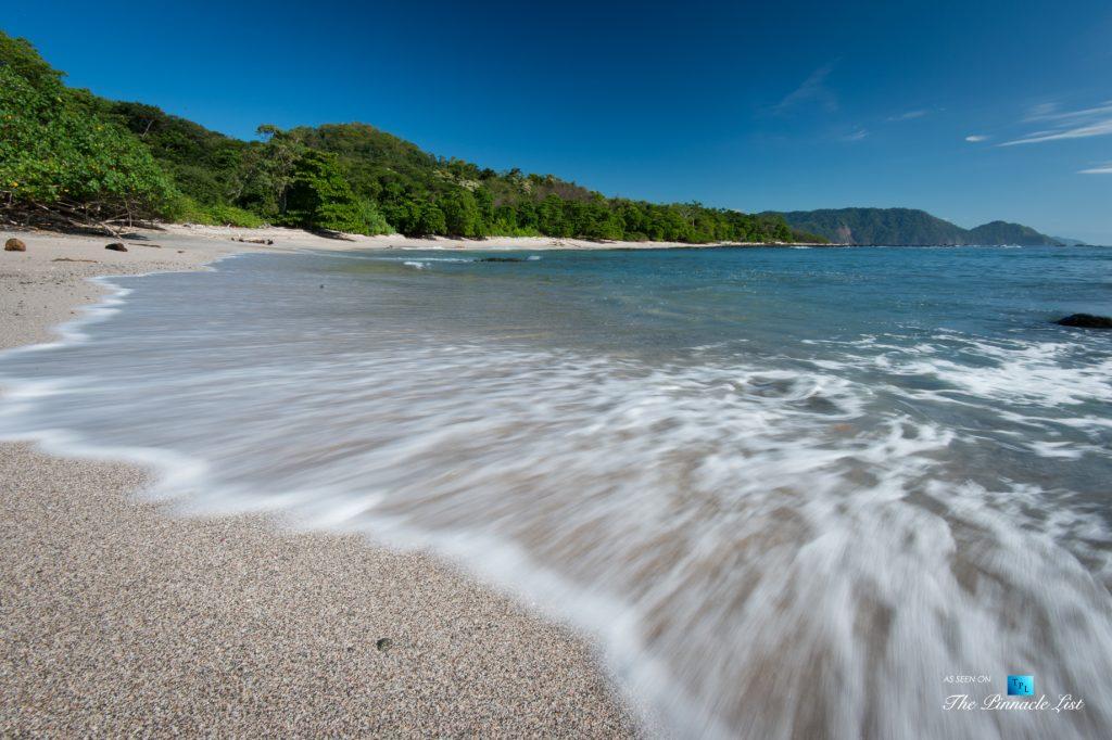Tambor Tropical Beach Resort - Tambor, Puntarenas, Costa Rica - Solitary Beach