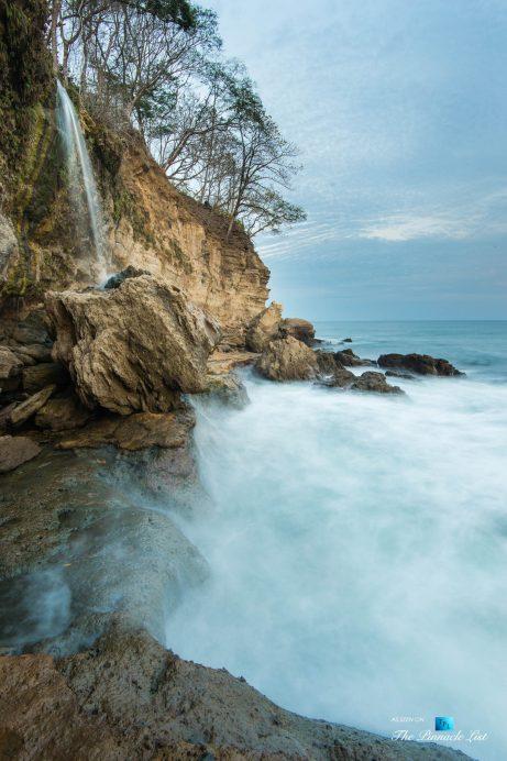 Tambor Tropical Beach Resort - Tambor, Puntarenas, Costa Rica - Tropical Waterfall