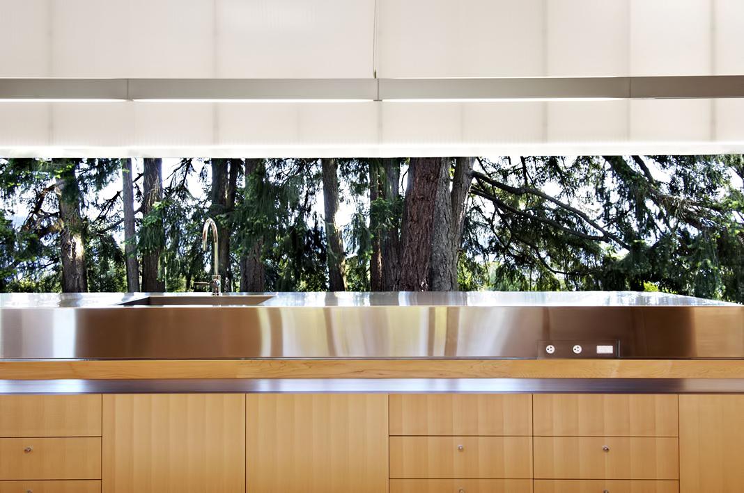 Linear House – Fernwood Rd, Salt Spring Island, BC, Canada