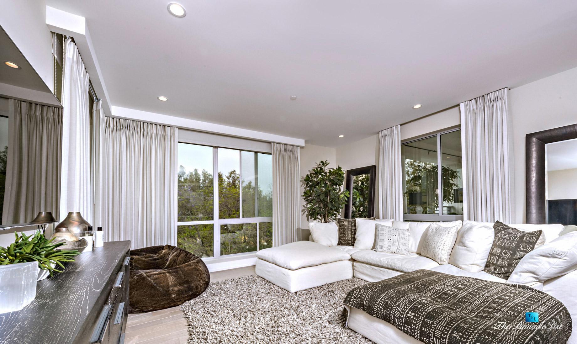 460 N Palm Dr #401, Beverly Hills, CA, USA