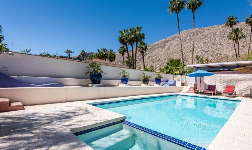 Mid-Century Modern - 342 S Patencio Rd, Palm Springs, CA, USA
