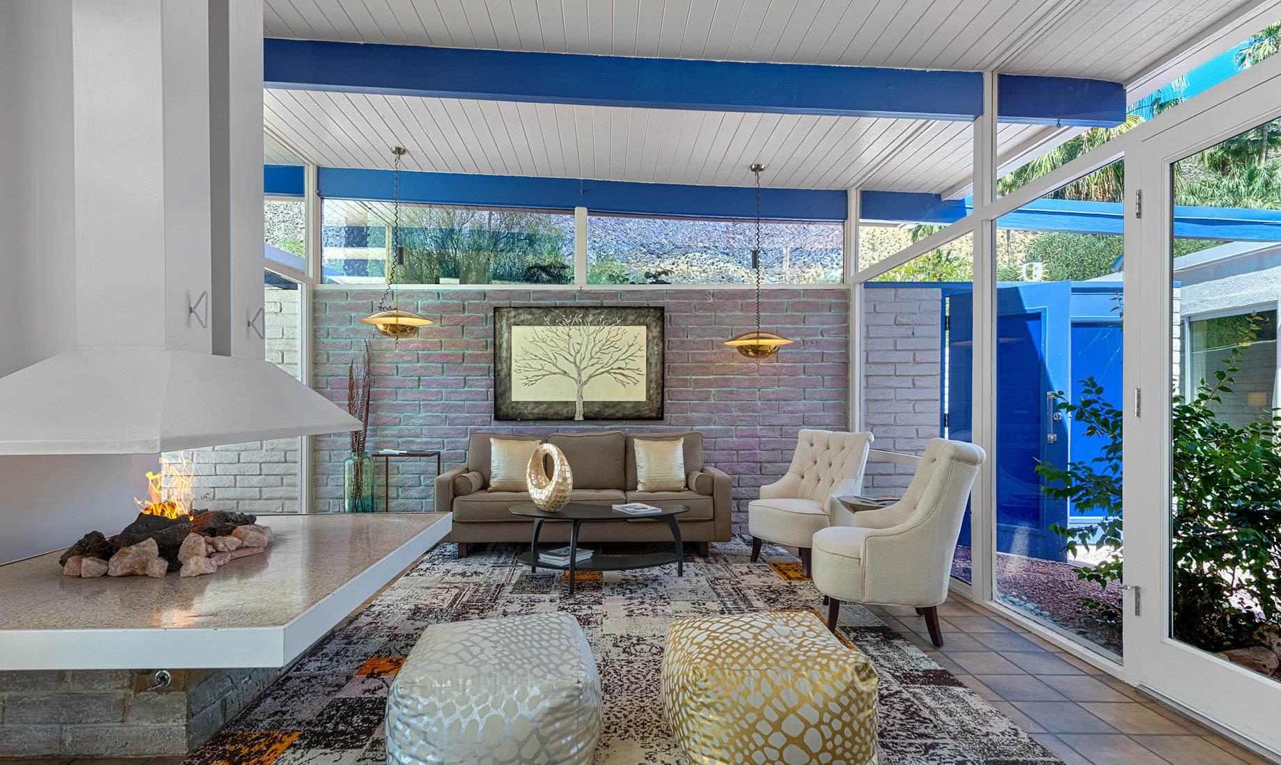 Mid-Century Modern – 342 S Patencio Rd, Palm Springs, CA, USA