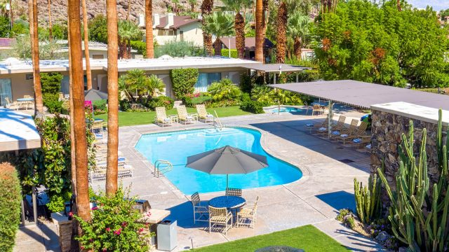 Desert Hills Resort - 601 W Arenas Rd, Palm Springs, CA, USA