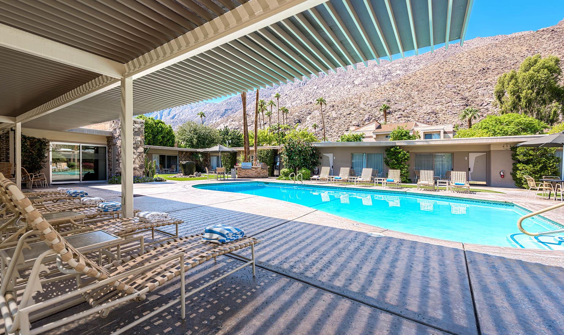 Desert Hills Resort – 601 W Arenas Rd, Palm Springs, CA, USA