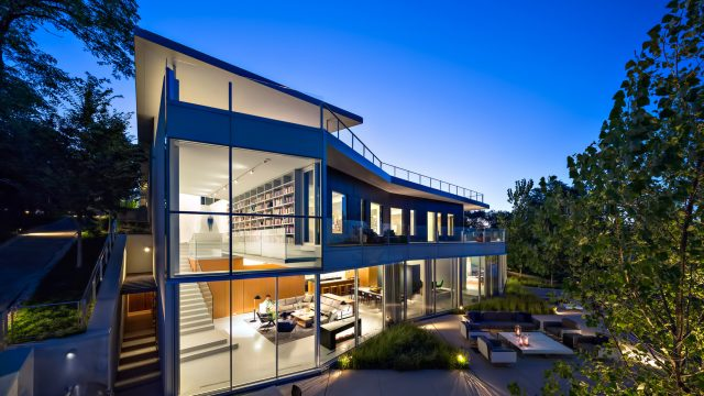 Beach House Luxury Residence - 516 Sheridan Rd, Wilmette, IL, USA