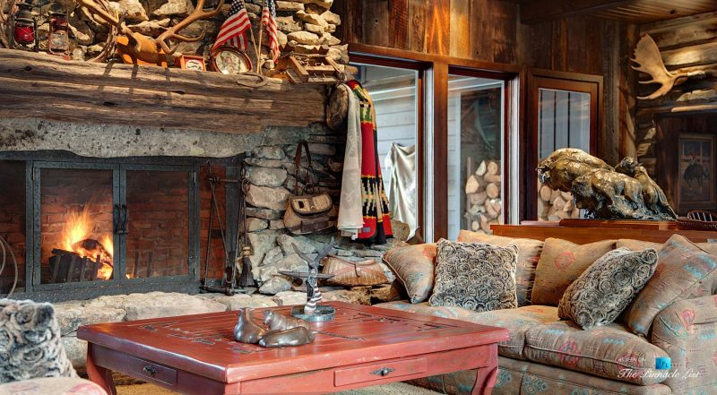 Thunder Ranch - 7095 Bottle Bay Rd, Sagle, ID, USA