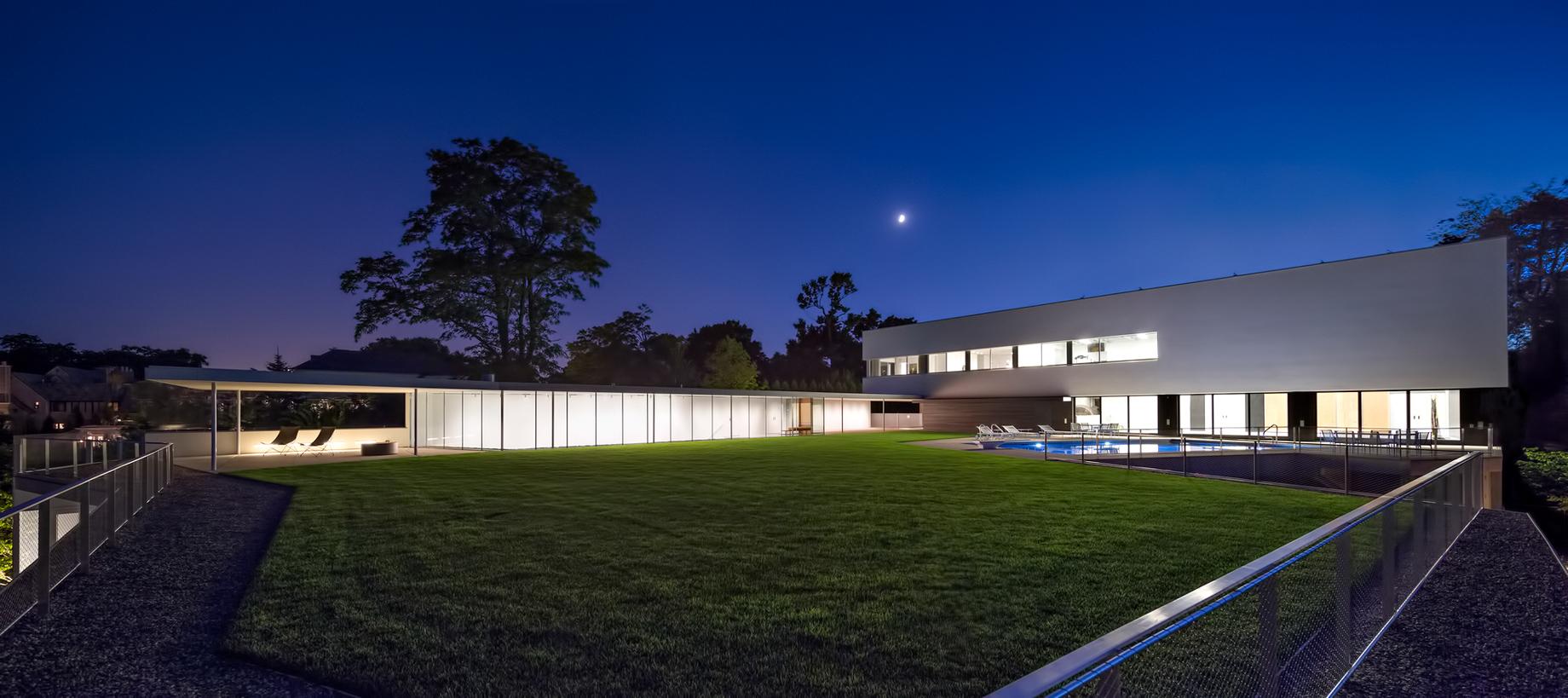 Beach House Luxury Residence – 516 Sheridan Rd, Wilmette, IL, USA