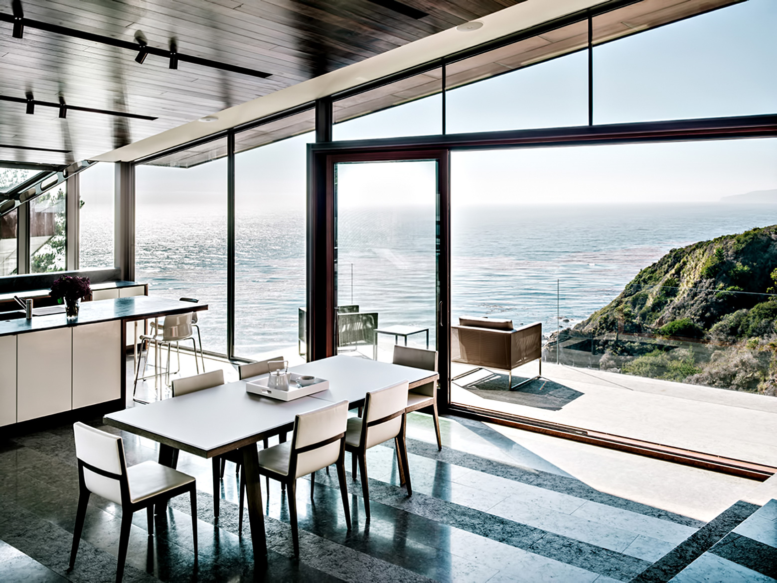 18 – Fall House Luxury Residence – Cabrillo Hwy, Big Sur, CA, USA