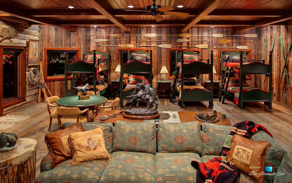 Bunk House - Thunder Ranch - 7095 Bottle Bay Rd, Sagle, ID, USA