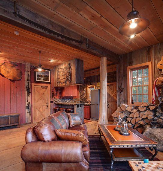Stable - Thunder Ranch - 7095 Bottle Bay Rd, Sagle, ID, USA