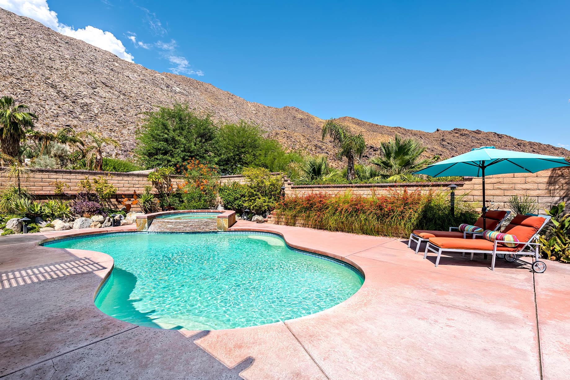 Desert Modern - 575 S Fern, Canyon Dr, Palm Springs, CA, USA