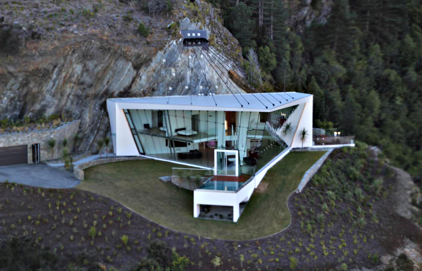 Aerial - Jagged Edge Luxury Residence - Queenstown, New Zealand