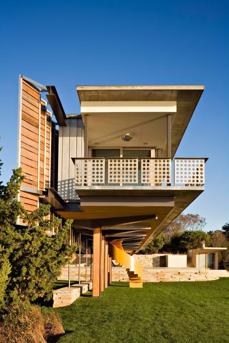 Hamptons Guest House - 230 Old Montauk Hwy, Montauk, NY, USA