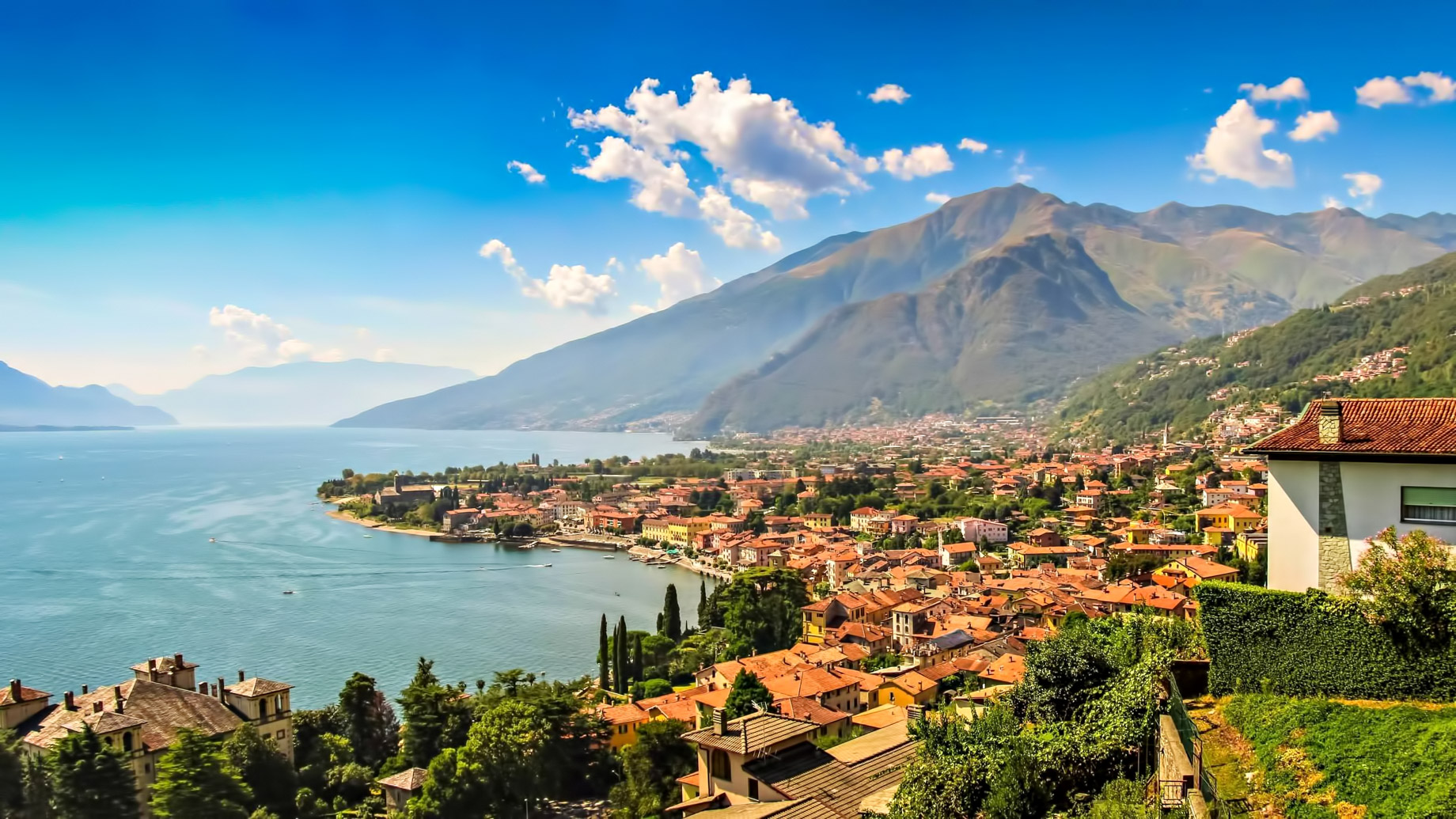 Lago di Como - Italy - The Most Exclusive European Resorts Locations to Buy a Holiday House