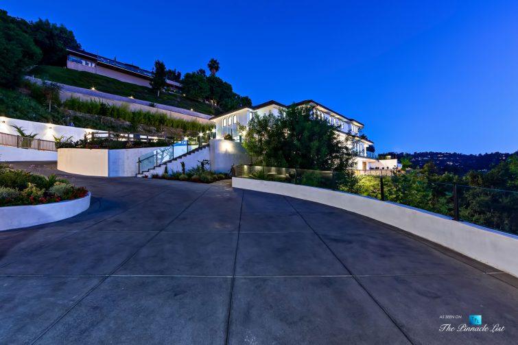 079 - 15234 Rayneta Drive, Sherman Oaks, CA, USA