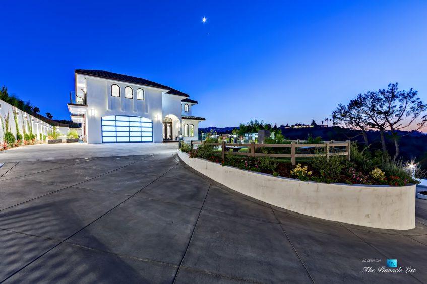 081 - 15234 Rayneta Drive, Sherman Oaks, CA, USA