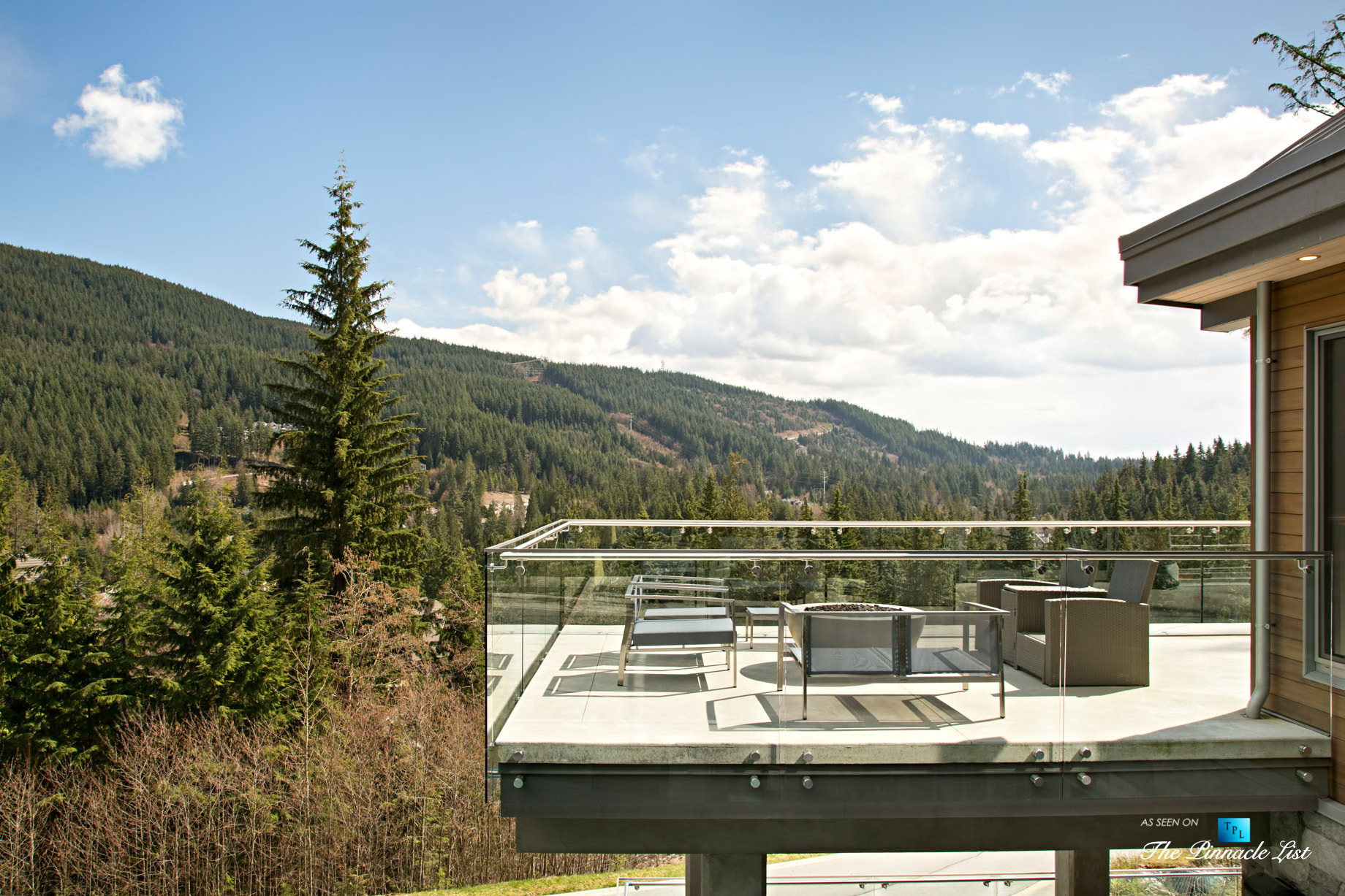 1080 Uplands Drive, Anmore, BC, Canada