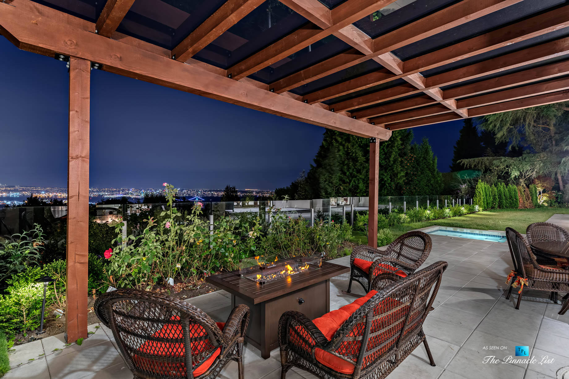 Luxury Real Estate - 1367 Chartwell Dr, West Vancouver, BC, Canada