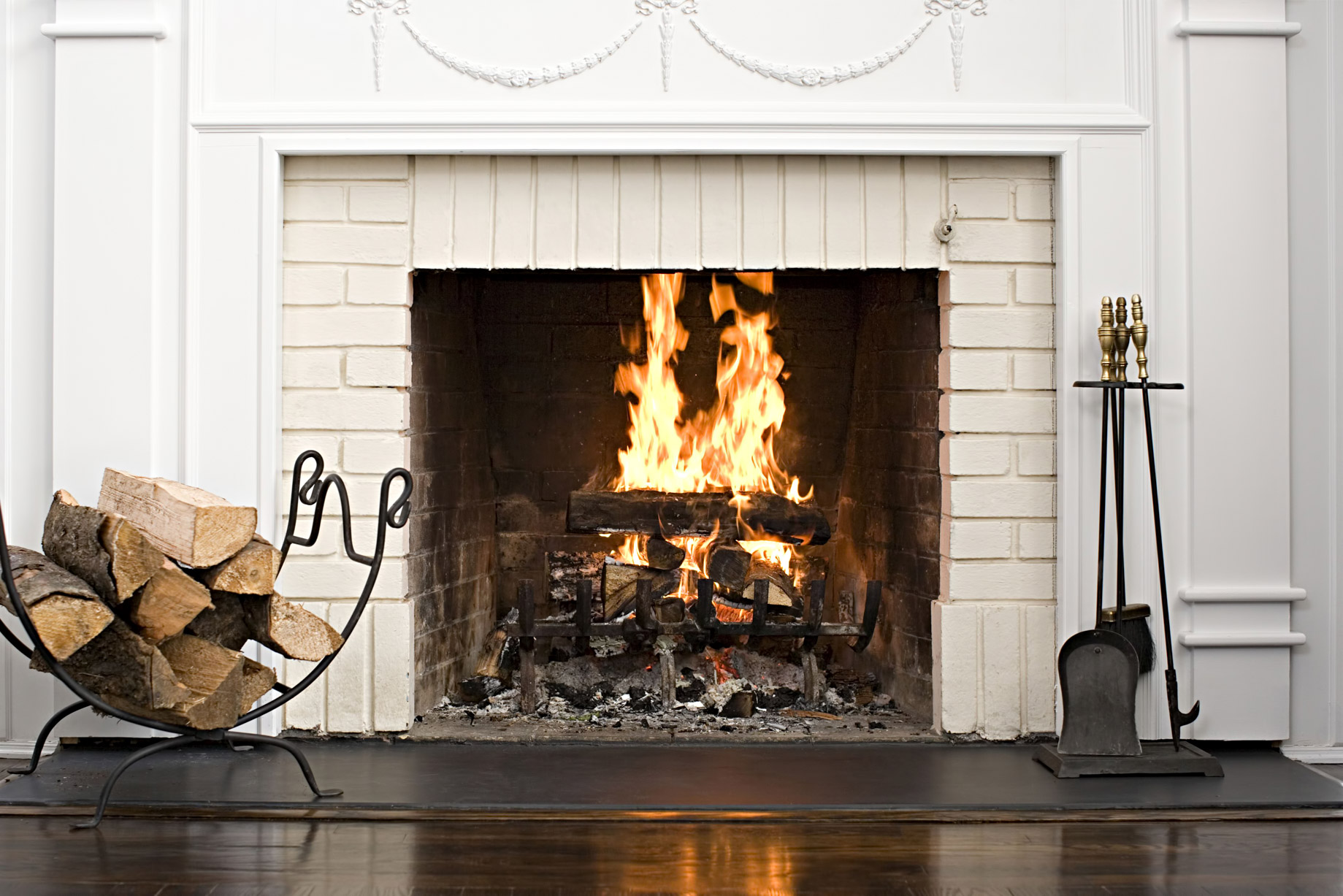 Wood Burning Fireplace - Home Renovation Tips - Fireplace Upgrade and Chimney Guide for Homeowners