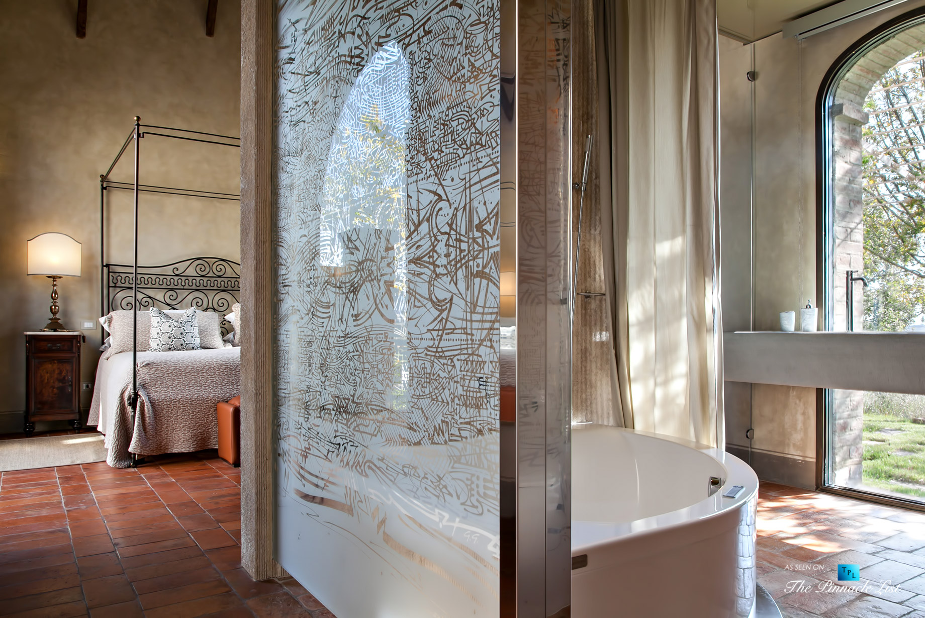Podere Paníco Estate - Monteroni d'Arbia, Tuscany, Italy - Bedroom and Bathroom - Luxury Real Estate - Tuscan Villa