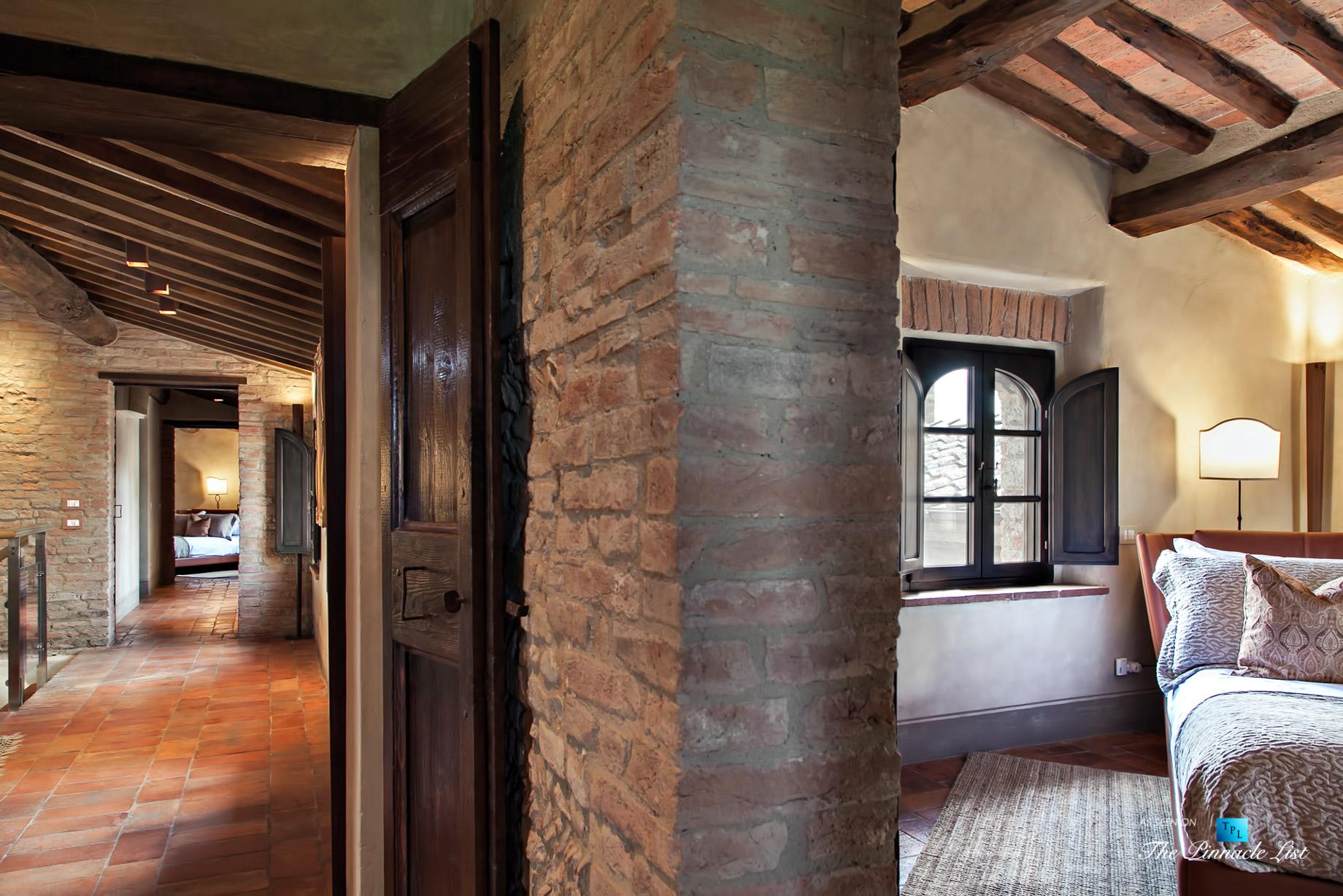 Podere Paníco Estate - Monteroni d'Arbia, Tuscany, Italy - Hallway and Bedroom - Luxury Real Estate - Tuscan Villa