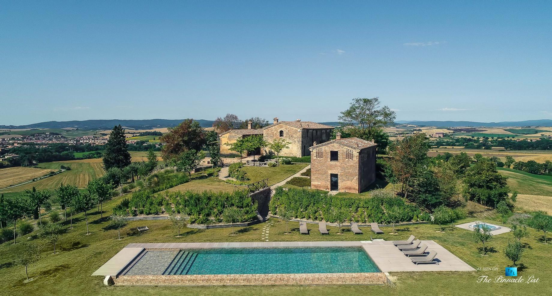 Podere Paníco Estate - Monteroni d'Arbia, Tuscany, Italy - Property Drone Aerial View - Luxury Real Estate - Tuscan Villa