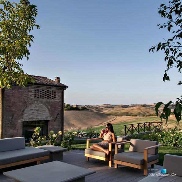 Podere Paníco Estate - Monteroni d'Arbia, Tuscany, Italy - Property Poolside Outdoor Lounge View - Luxury Real Estate - Tuscan Villa