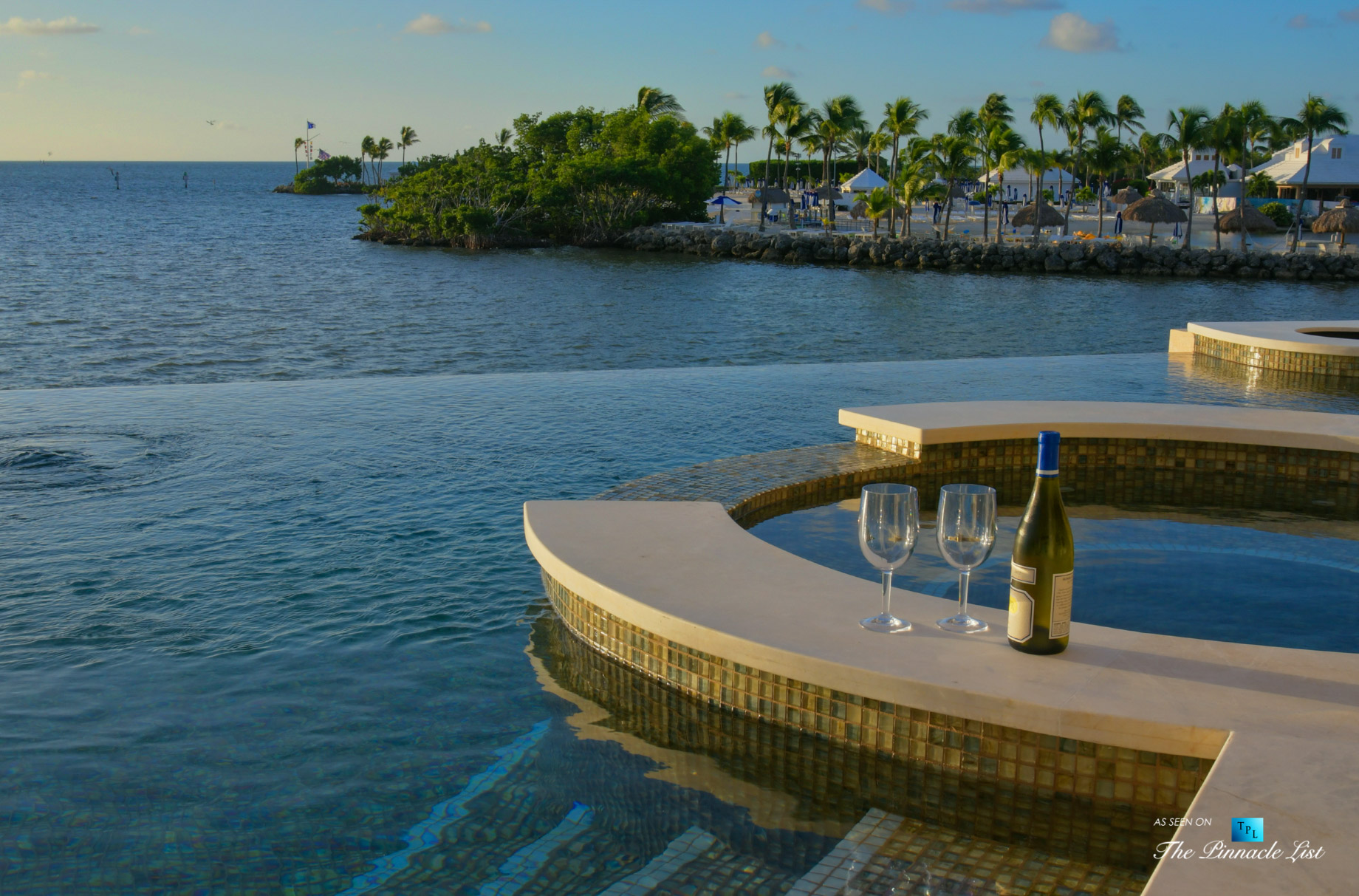 103 Andros Rd, Key Largo, FL, USA - Oceanfront Infinity Pool and Hot Tub - Luxury Real Estate - Ocean Reef Club Home