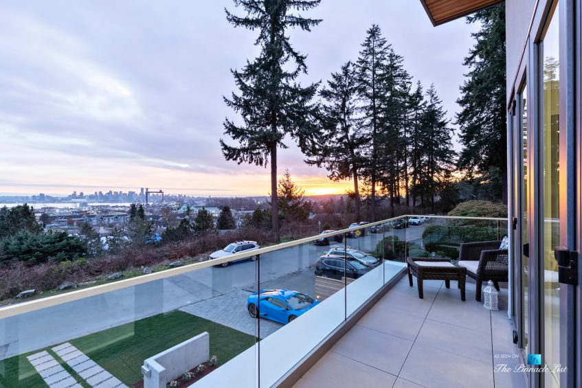 Luxury Real Estate - 822 Cumberland Crescent, North Vancouver, BC, Canada