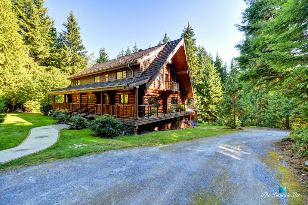 105 Elementary Rd, Anmore, BC, Canada