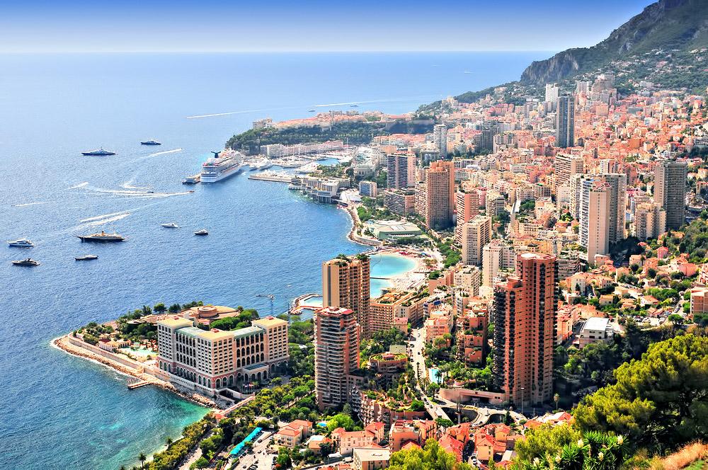 Monaco Palais Bosio - Rare 2 Bedroom Penthouse For Sale in Les Moneghetti District