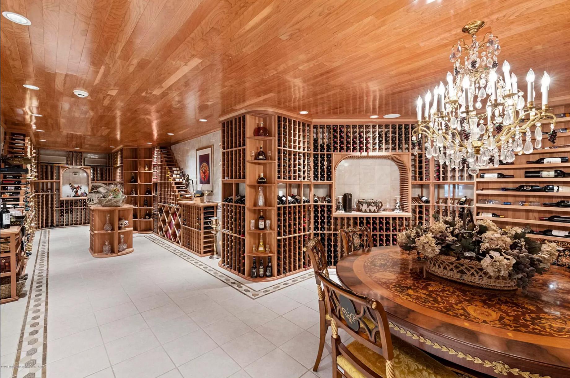 Luxury Estate – 105 Middletown Rd, Holmdel, NJ, USA