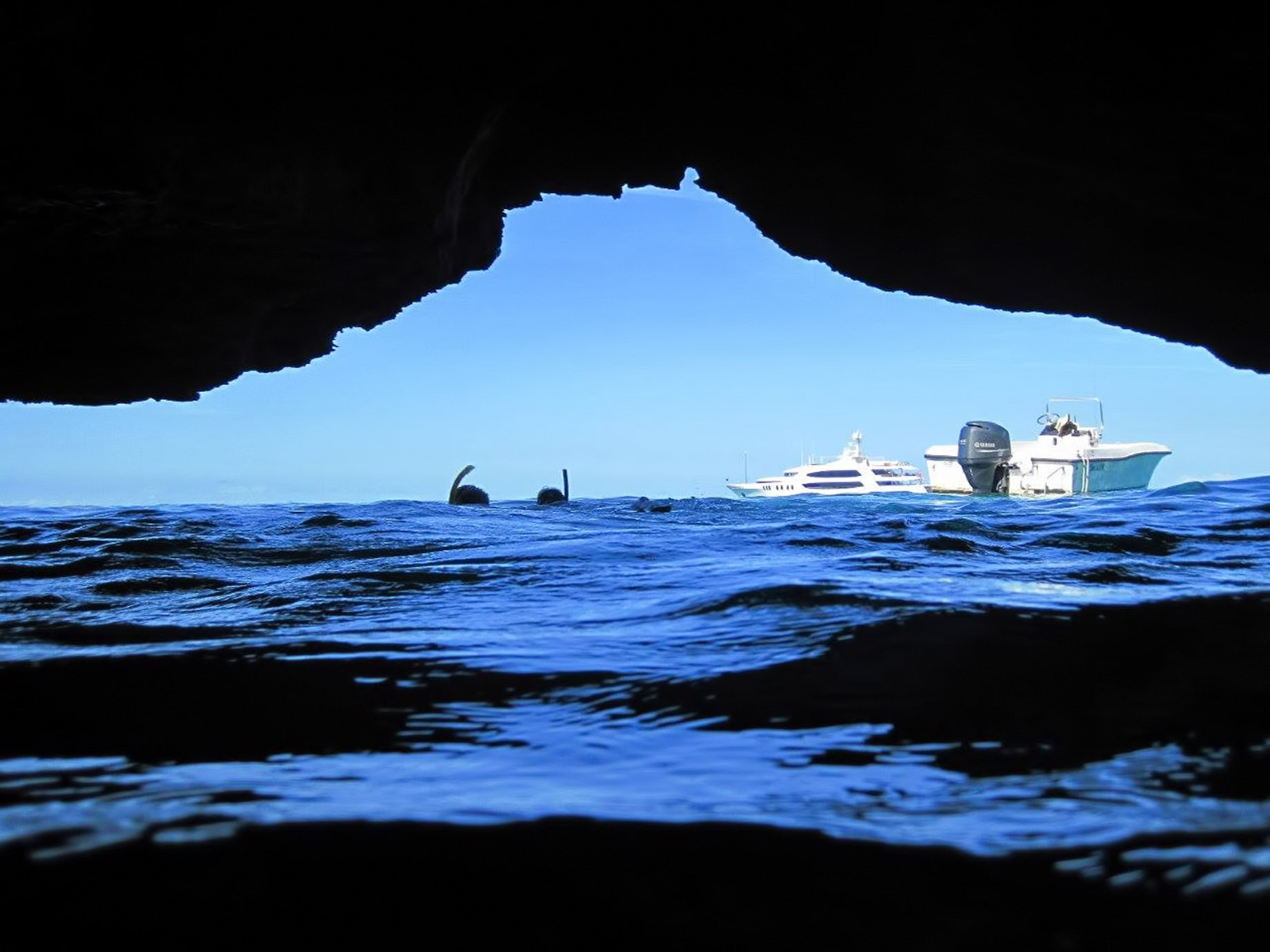 Visit Thunderball Grotto like James Bond – Take A Luxury Getaway To The Bahamas
