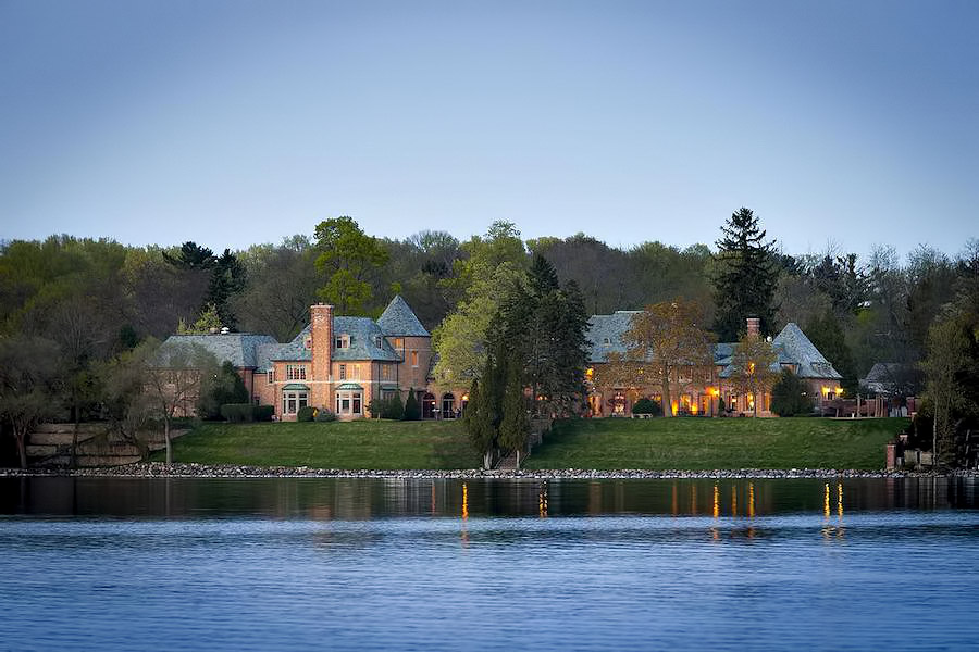 Knollwood Mansion Oconomowoc - 5 of Wisconsin's Historically Significant Grand Mansions and Premier Luxury Estates
