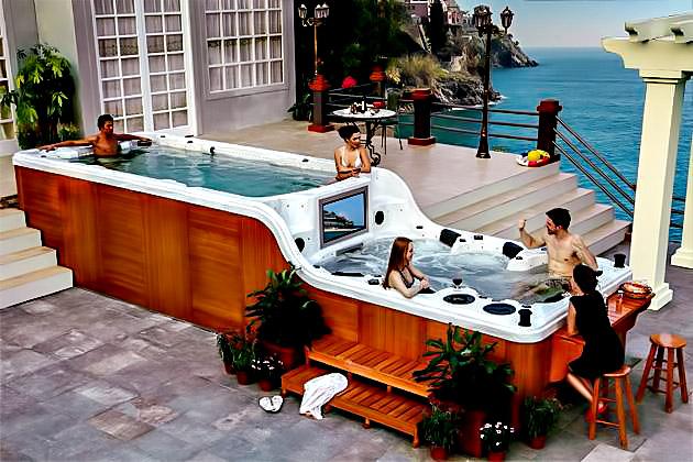 The Luxema 8000 Split Level Luxury Hot Tub