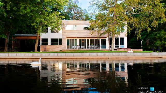 Lake Iosco House - Lake Iosco Rd, Bloomingdale, NJ, USA
