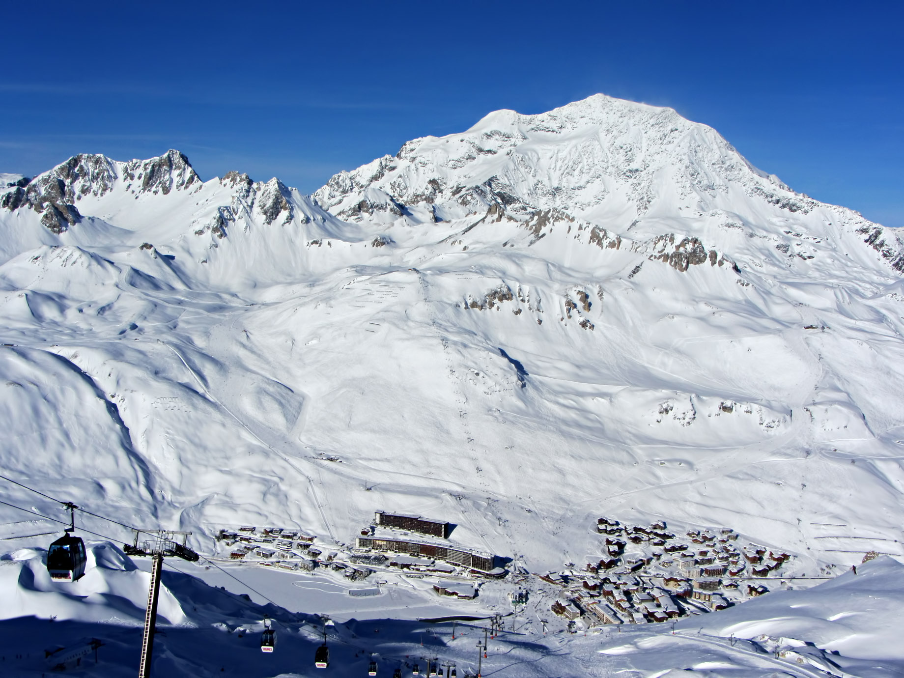 Tignes - French Alps Mountain Resort - An Exclusive Très Chic Luxury Winter Paradise