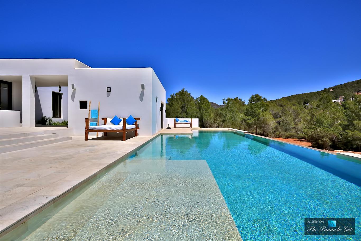 Villa Manuel - Luxury Villa Rentals in Ibiza