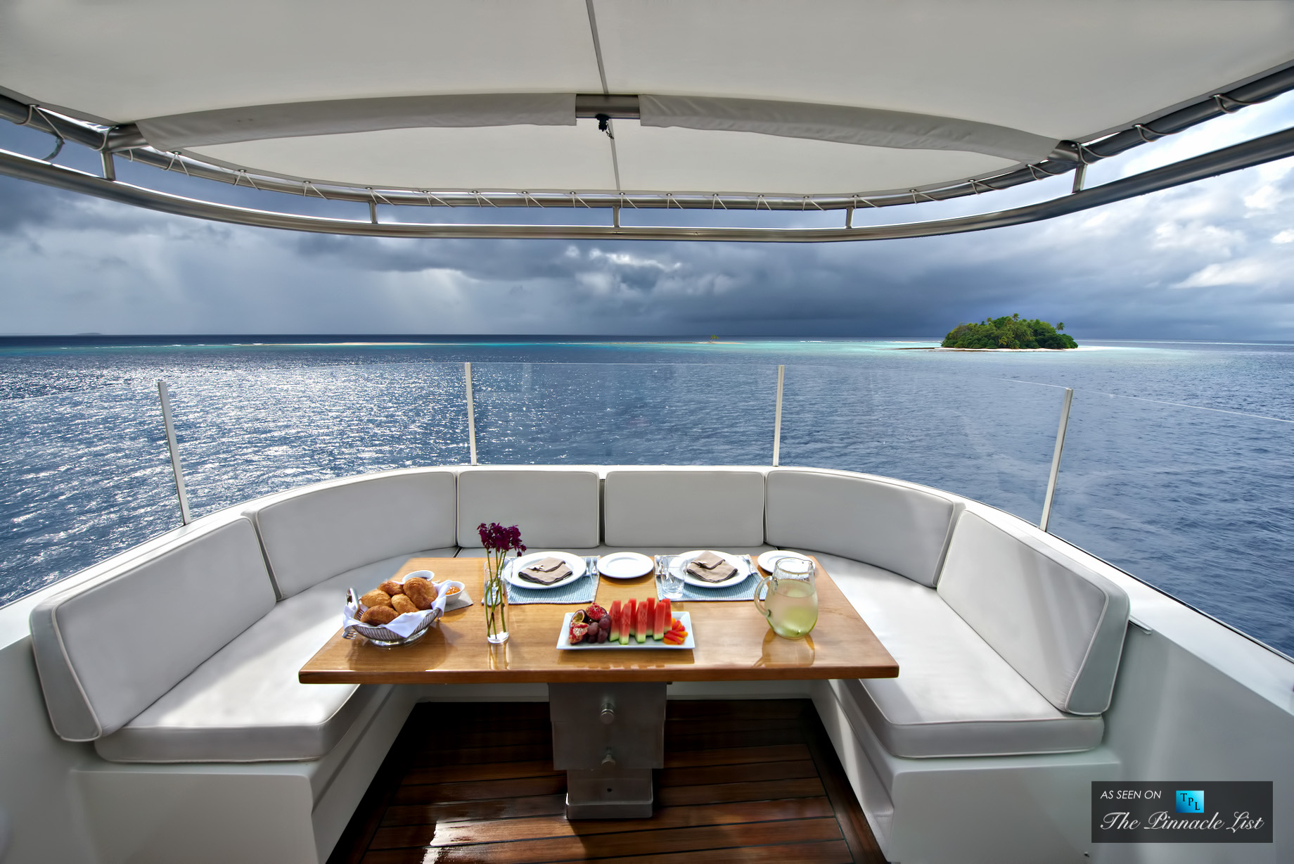 Senses Superyacht – Charter Availability for Caribbean and South Pacific