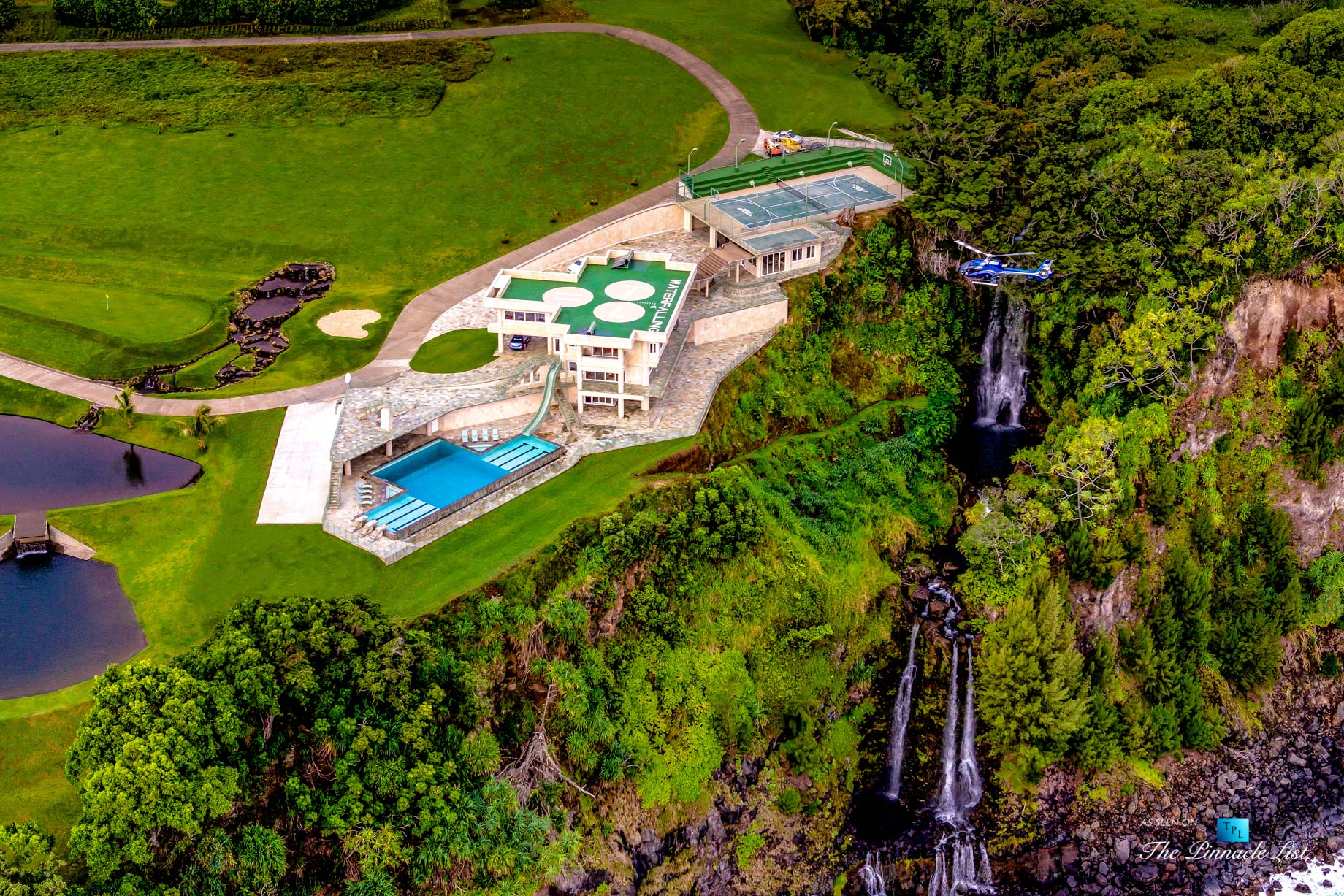 Water Falling Estate - 32-1056 Old Mamalahoa Hwy, Ninole, HI, USA